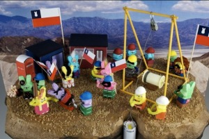Chilean miners peeps diorama